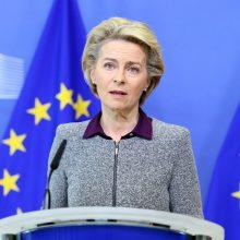 """U. von der Leyen: JK turi gerbti """"Brexito"""" sutartį"""