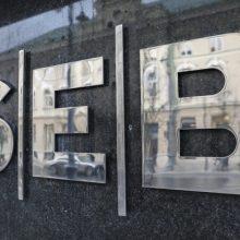 SEB: šiąnakt laikinai neveiks interneto bankas ir mobilioji programėlė