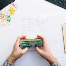Moterų ir vyrų darbo užmokesčio atotrūkis pernai sudarė 12,1 proc.