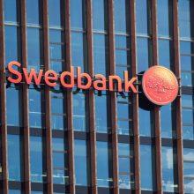 """Švedija: """"Swedbank"""" padėjo Rusijos Kalašnikovo koncernui apeiti JAV sankcijas"""