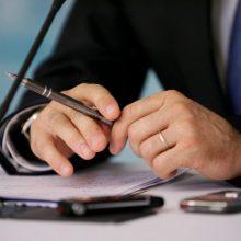 Seimo komitetas: darbdaviai apie prastovas turi pranešti nedelsiant