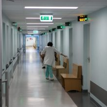 NVSC: saviizoliacijoje yra per 50 Vilniaus miesto klinikinės ligoninės darbuotojų