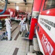 Gaisras Tauragės rajone: užsiliepsnojo garažas ir automobilis