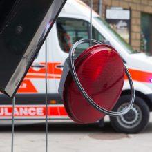 Avarija Utenos rajone: susidūrė du automobiliai, prispaustas žmogus