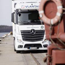 Transporto įmonės vizija – dujiniai vilkikai ir žalia energija