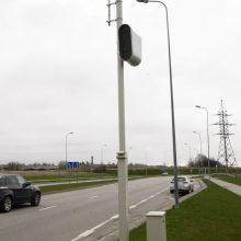 Vidutinio greičio matuokliai fiksuoja pažeidimus: baudos – tūkstančiams vairuotojų