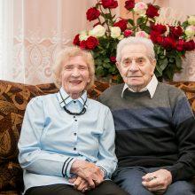 Patikrintas ilgaamžiškumo receptas: šypsokimės, kalbėkimės, klausykimės