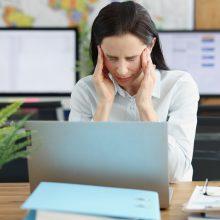 Panikos priepuoliai: dažniausiai juos išprovokuoja santykiai šeimoje