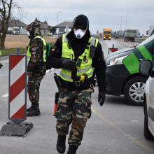 Pasieniečiai į Lietuvą neįleido tadžiko: pateikė, įtariama, suklastotus dokumentus