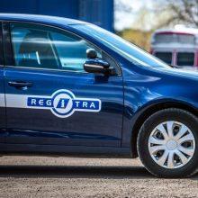 """""""Regitra"""": vairavimo egzaminus jau laikė 1,5 tūkst. vairuotojų, jiems rengiasi atsakingiau"""