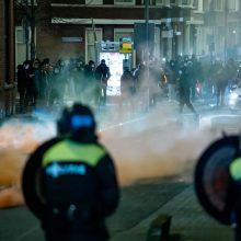 Nyderlanduose vėl kilo didelės riaušės, suimta 150 žmonių