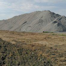 Tūkstančiai tonų pelenų ir šlako atliekų taps žaliava keliams ir pamatams