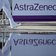 """""""AstraZeneca"""": laikėmės susitarimų su Europos Komisija"""