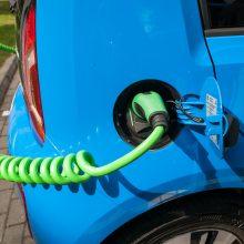 Gera žinia norintiems įsigyti elektromobilį: siekiama taikyti lengvatinį PVM tarifą