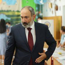 Armėnijos rinkimų komisija patvirtino premjero N. Pašiniano pergalę