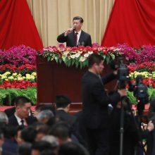 """Kinijos prezidentas: Honkonge puoselėsime """"vienos šalies, dviejų sistemų"""" principą"""