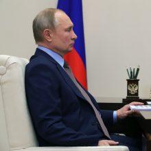 Kremlius teigia esąs suinteresuotas E. Musko ir V. Putino pokalbiu