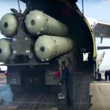 Rusija Arktyje dislokavo S-400 raketų sistemas
