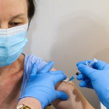 Praėjusią parą nuo koronaviruso pirma doze paskiepyta 1120 žmonių