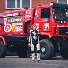 B. Vanagas pateikė staigmenų: ar įmanoma Dakaro ralį įveikti sunkvežimiu?