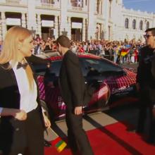 """""""Eurovizijos 2015"""" atidarymo ceremonijoje kilimu žengė žvaigždės"""