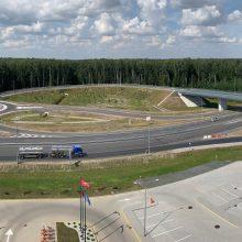 Atidarytas į Kauno LEZ vedantis magistralinio kelio viadukas