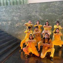 """Šokio teatras """"Aura"""" palaiko į """"Euroviziją"""" siunčiamą grupę """"The Roop"""": sukūrė geltoną šokį"""