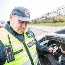 Savaitės statistika patvirtina – girtų noro vairuoti nepažaboja ir baudos