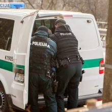 Kauno oro uoste sulaikytas trejus metus teisėsaugos ieškotas uteniškis