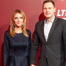 Žurnalistė D. Žeimytė su vyru jau sūpuoja sūnų: mes be proto laimingi!