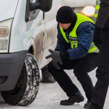 Kaune tikrino mašinų padangas: su kai kuriomis avarijos išvengti beveik neįmanoma