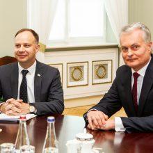 Prezidentas susitiko su A. Veryga: sistema turi būti kokybiškesnė