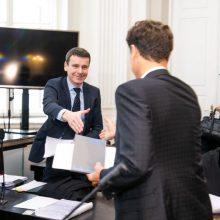 """Dėl Š. Gustainio advokato ligos atidėtas """"MG Baltic"""" korupcijos bylos posėdis"""