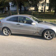 Apgadino svetimą automobilį, o sustoti net nesiteikė <span style=color:red;>(ieškomi liudininkai)</span>