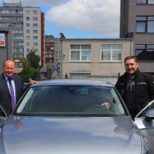 Kauno rajono savivaldybės dovana policijai – naujas automobilis patruliavimui