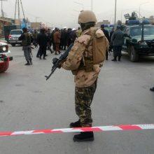 Kabulo mečetėje susisprogdino mirtininkas: žuvo apie 30 žmonių