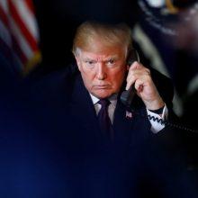 """D. Trumpas skelbs """"nepaprastąją padėtį"""", kad gautų finansavimą sienai?"""
