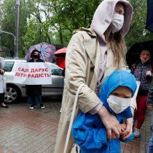 Europos Sąjunga tiesia pagalbos ranką Ukrainai: skirs 1,2 mlrd. eurų krizei valdyti