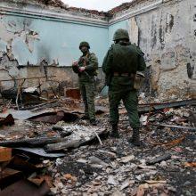 Rusijai paskelbus apie pratybų prie Ukrainos sienos pabaigą, JAV laukia veiksmų