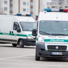 Į Lietuvą iš Jungtinės Karalystės pargabentas daugiau nei dešimt metų ieškotas sukčius