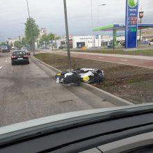 Per avariją Muravos sankryžoje nukentėjo motociklininkas
