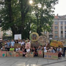 Vilniuje – protestas prieš aplinkai žalą darančias korporacijas
