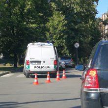 Nelaimės nesibaigia: Kauno pėsčiųjų perėjoje partrenktas jaunuolis