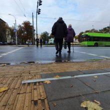 Vos praėjusiais metais prie pėsčiųjų perėjos įrengta naujovė – jau neveikia