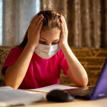 Nepatenkinti: gimnazija dirbs nuotoliniu būdu, bet ne dėl koronaviruso grėsmės
