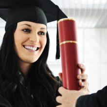 Švietimo ministras įvardijo nemokamų magistrantūros ir doktorantūros vietų skaičių