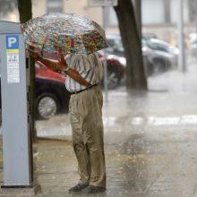 Po karščio bangos laukia permainos: prapliups lietus, galimas škvalas