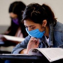 Rektoriai pritaria studijų kainų didinimui, studentai pasigenda aiškumo