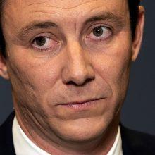 Prancūziją krečia sekso skandalas: pagrindiniam herojui kainavo mero postą