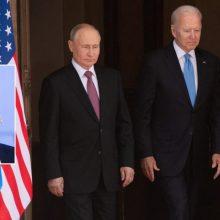 """G. Nausėda sveikina JAV prezidento žinutę V. Putinui dėl """"kenkėjiškos veiklos"""" regione"""